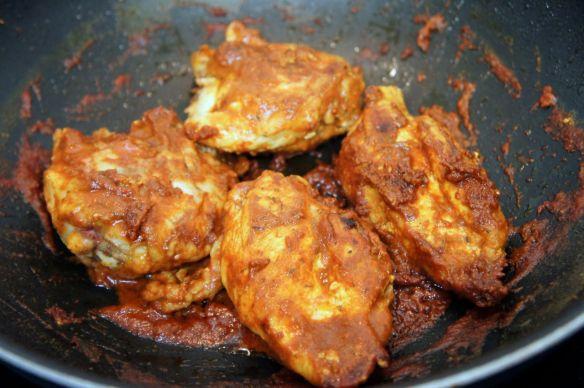 Pollo al salmorejo in pan